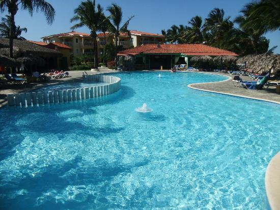 Viva Wyndham Tangerine : la piscine