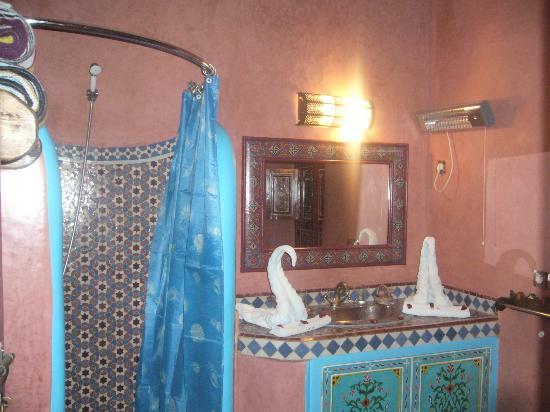 salle de bains - Photo de Riad Bleu Du Sud, Marrakech - TripAdvisor