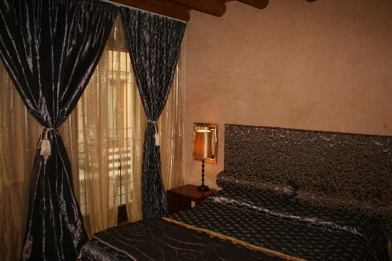 Casa Magnani : bedroom