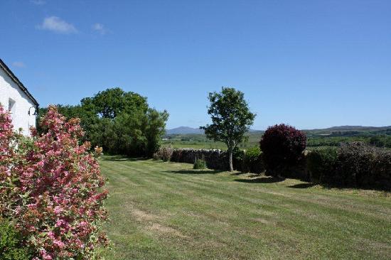 Skerrols House : Garden View