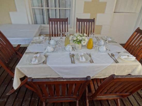 Klipheuwel Country House: Frühstück Tisch