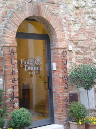 Albergo Duomo: esterno albergo