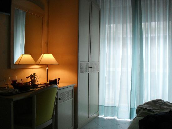 Hotel Miramare: stanza