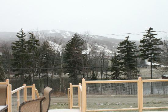 ذا إن آت ماونت سنو: Mount Snow