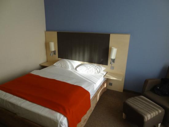 Mercure Hotel Berlin City West: Zimmer