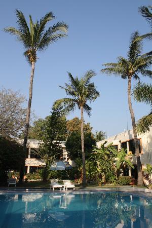 ماندالاي سوان هوتل: Mandalay Swan Hotel