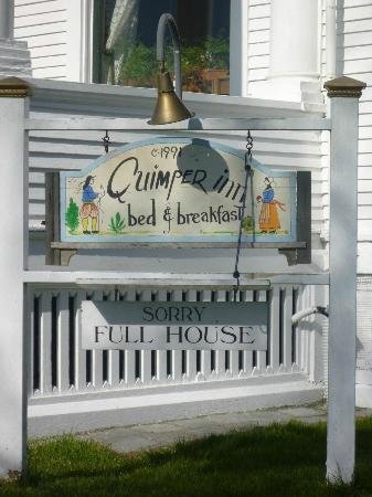 Quimper Inn: Welcoming sign.