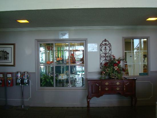Guest Inn : Hilltop Hotel Area
