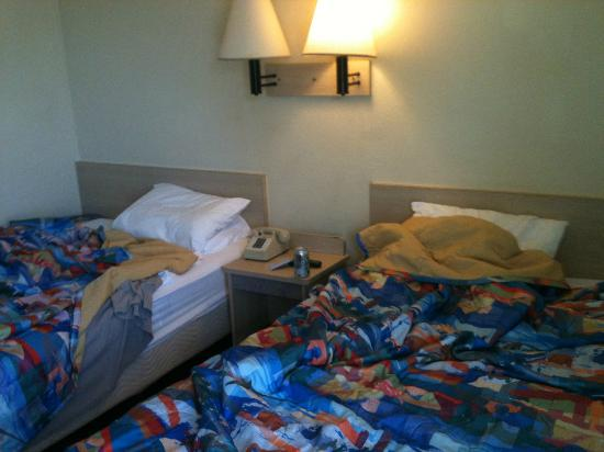 Motel 6 New Orleans- Slidell: DOUBLE BEDS