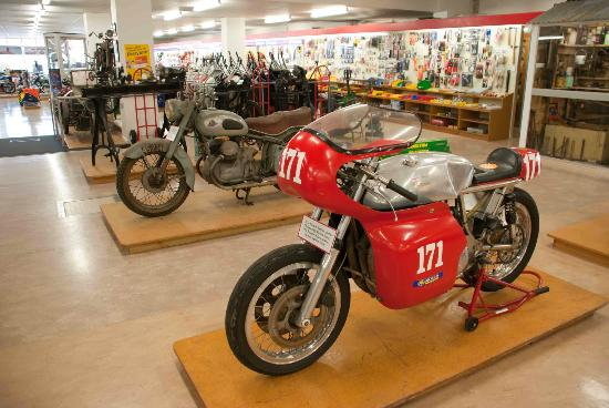 E Hayes and Sons - The World's Fastest Indian: There is more than just the Indian at the store