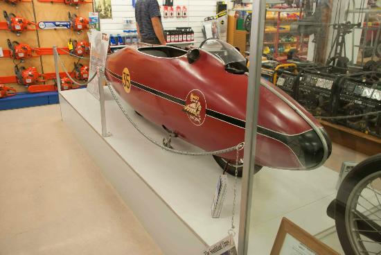 E Hayes and Sons - The World's Fastest Indian: Invercargill's Fastest Indian