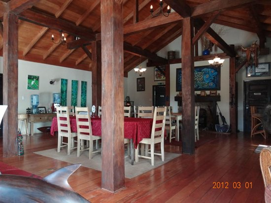 Crooked Tree Lodge: Dining room