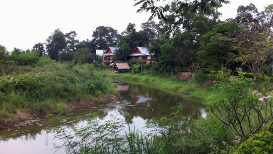 Vana Varin Resort: River