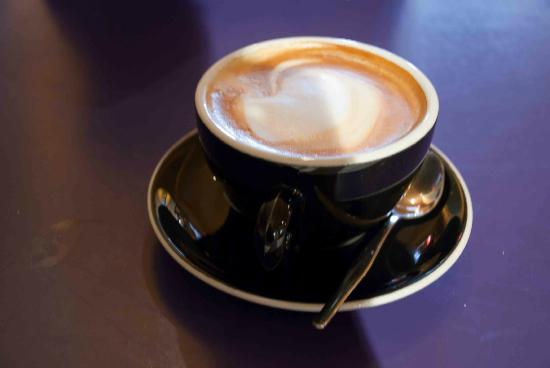 Zookeepers Cafe : Big Zookeepers latte