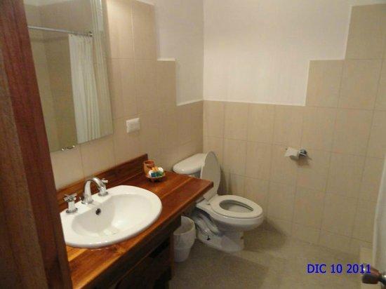 Hotel Vista Lago Ecoresort : Baño