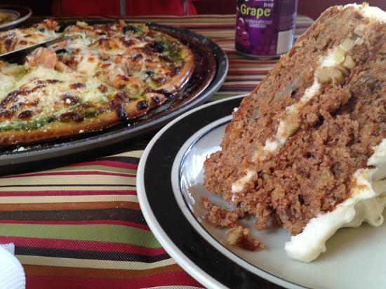 Jail House Pizza: Amazing dessert!