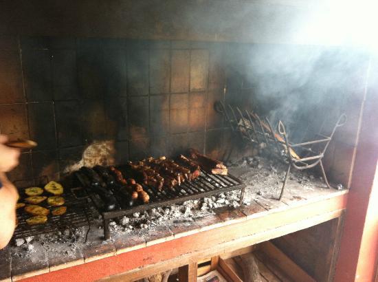 Bodega Familia Antonietti: BBQ