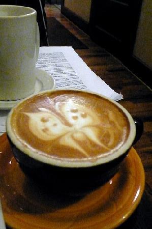 Linnaea's Cafe: latte art