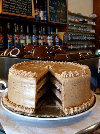Linnaea's Cafe: cake