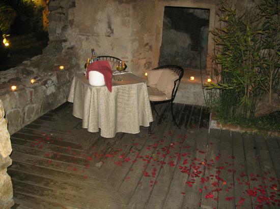 Hotel Cirilo: Nuestra mesa