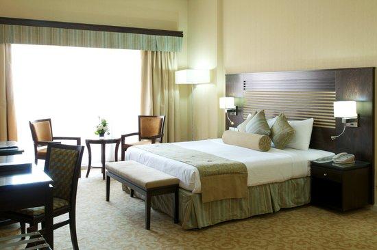 Chelsea Gardens Hotel Apartments: Masteru0027s Bedroom (1 Bedroom Apartment)