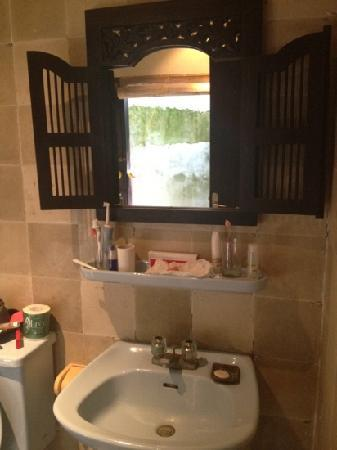 Benoa Beach Front Villas & Spa: bathroom