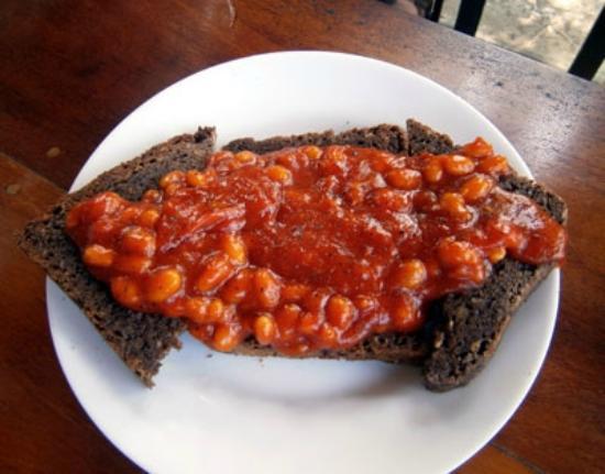South Ceylon Vegetarian Restaurant: Beans on (homemade) toast at the South Ceylon