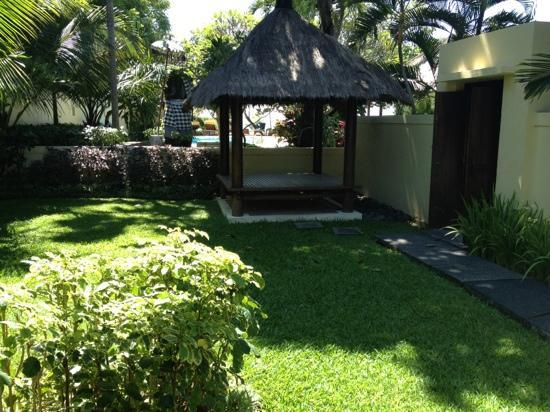 Benoa Beach Front Villas & Spa: garden