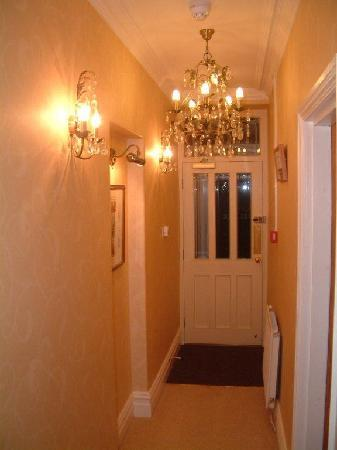 Millbeck Guest House: Entrance Hall