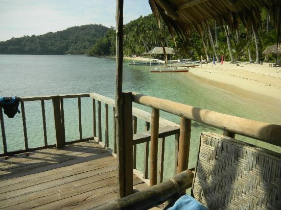 Blue Cove Island Resort : View of resort from honeymoon hut.