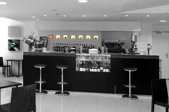 Espressamente Illy : The Bar