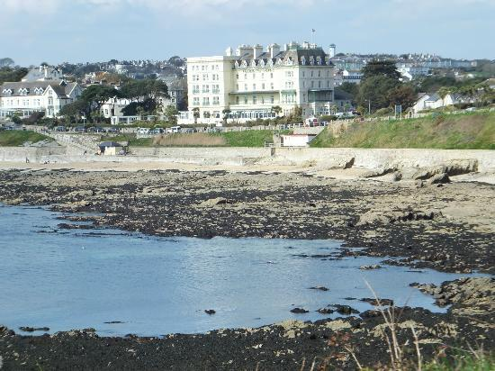 The Falmouth Hotel Overlooking Beach Front