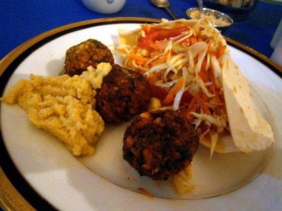 Jina's Vegetarian and Vegan Restaurant: Falafel at Jina's Vegetarian Restaurant