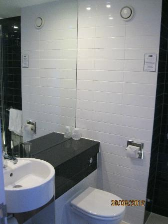 Holiday Inn Express London Gatwick-Crawley: Would not mind this in my own house