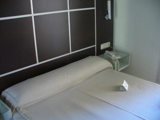 Los Girasoles I Hotel: letto