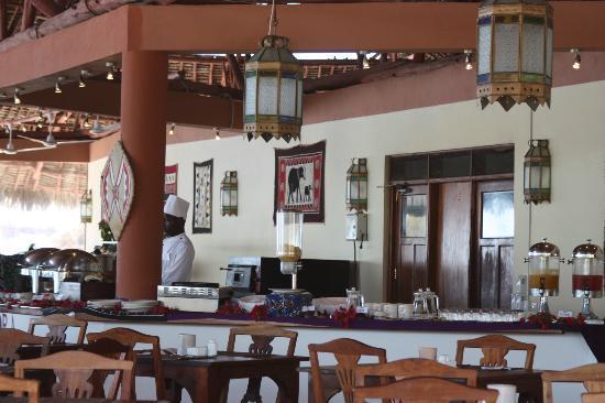 Ora Resort Watamu Bay: sala