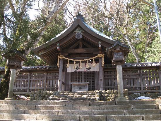Suwa Shrine: 上社の前宮