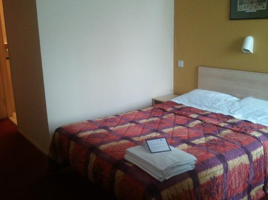 Stay Inn Manchester : Bed! Clean and presented fairly well