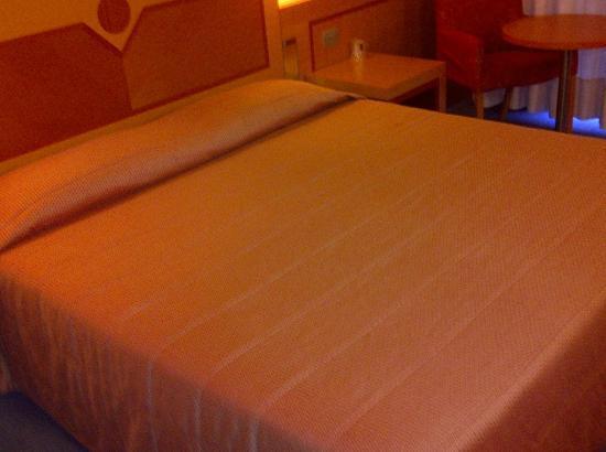 Best Western Hotel I Triangoli: King Bed Size