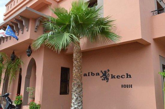 Albakech House: Entrée
