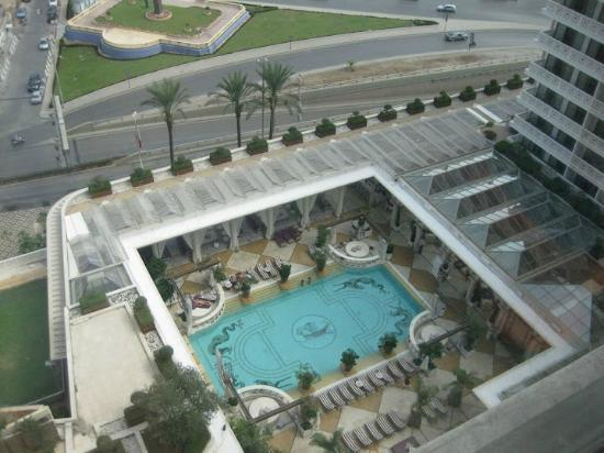 Phoenicia Hotel: pool