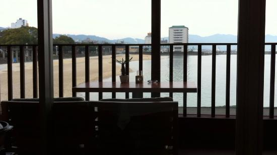 Hotel Umine : 朝食のレストランから