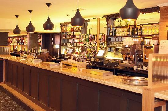 Molly Brown's Kitchen & Bar: The Lounge Bar