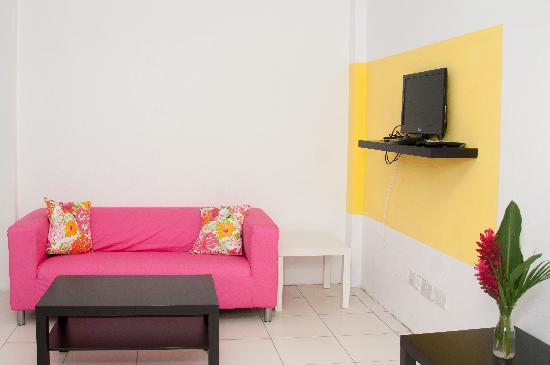 Grenada Gold Apartment Hotel: Fun & inviting. Golden hospitality
