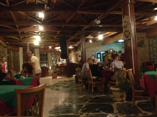 Hauza Beach Resort: Al Jazzera Restaurant