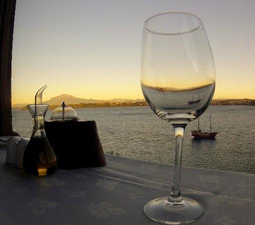 Hotel Cabana del Lago : View from the restaurant in Cabana Del Lago hotel