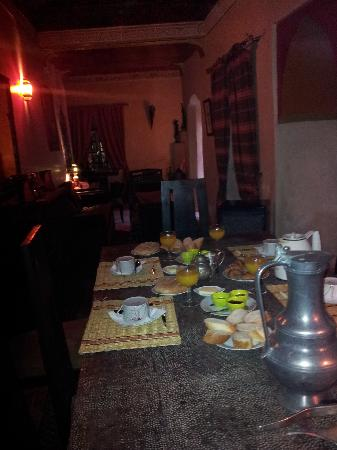 Riad du Petit Prince: Cortile del Riad