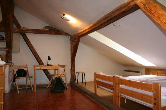 Apartment Uvoz: the room