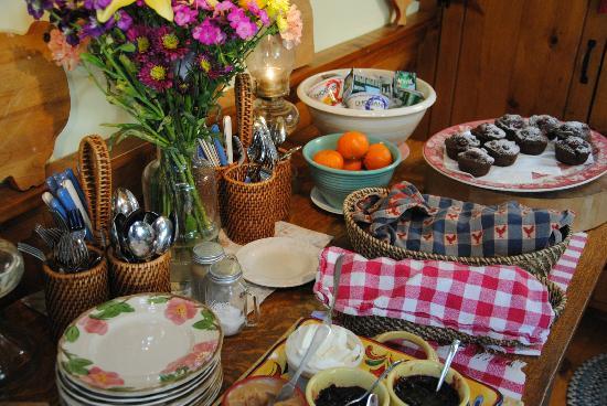 Revere Guest House: Breakfast