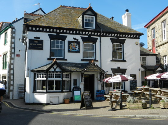 The Kings Arms: The King's Arms- Marazion